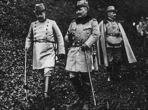 Archduke Franz Ferdinand with his uncle, Kaiser Wilhelm II.